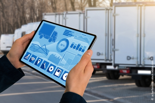 Una flotta di camion viene gestita da un software via tablet